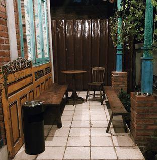 Foto 12 - Eksterior di Ragil Coffee & Roastery oleh Della Ayu