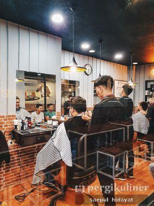 Foto 5 - Interior di Tuxedo Coffee oleh Saepul Hidayat