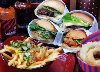 Fast Food vs Junk Food, Apa Sih yang Membuat Keduanya Berbeda?