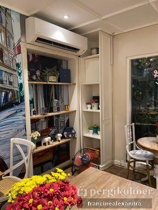 Foto 2 - Interior di Exquise Patisserie oleh Francine Alexandra