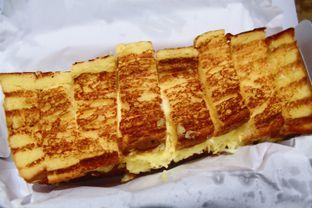 Foto 7 - Makanan(Roti Bakar Butter Keju) di Seca Semi Cafe oleh Novita Purnamasari