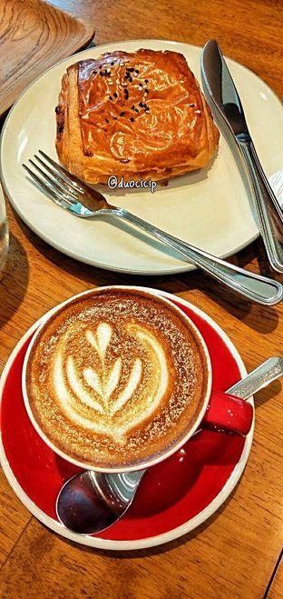 Foto 22 - Makanan di Platon Coffee oleh duocicip