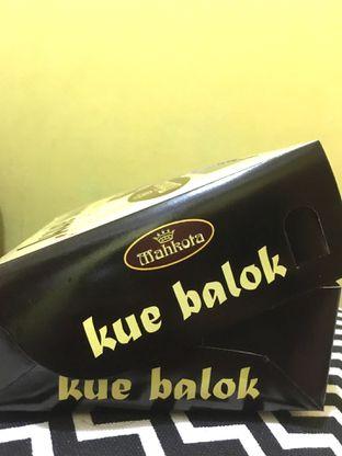 Foto 4 - Makanan di Kue Balok Brownies Mahkota oleh Prido ZH