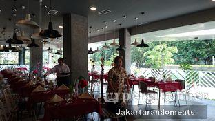 Foto 11 - Interior di sTREATs Restaurant - Ibis Styles Sunter oleh Jakartarandomeats