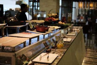 Foto 7 - Interior di Sana Sini Restaurant - Hotel Pullman Thamrin oleh harizakbaralam