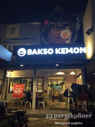 Foto 2 - Eksterior di Bakso Kemon oleh Hungry Couplee