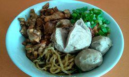 Mie Ayam & Bakso Hamil Condong Raos 3