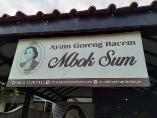 Foto 8 - Eksterior di Ayam Goreng Bacem Mbok Sum oleh yeli nurlena