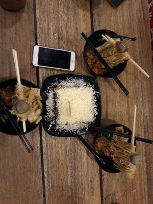 Foto 4 - Makanan di OTW Food Street oleh dhea putri
