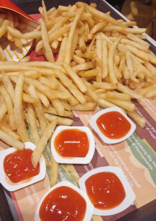 Foto 5 - Makanan di McDonald's oleh Devi Renat