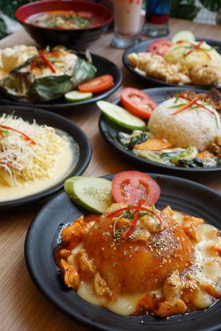Foto 4 - Makanan di Love & Eat Cafe oleh Kelvin Tan