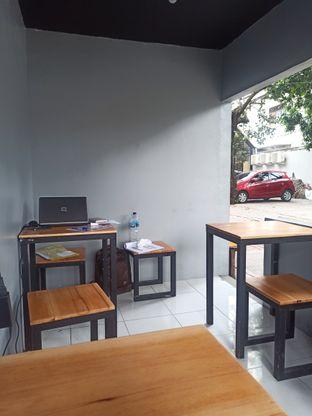 Foto 6 - Interior di Brick Pastrami Burger oleh Rachmat Kartono