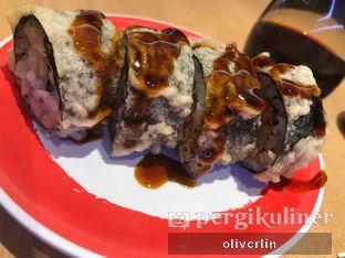 Foto 10 - Makanan di Genki Sushi oleh CAROLS