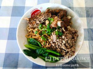 Foto 2 - Makanan di Bakmie Akhwang oleh cynthia lim