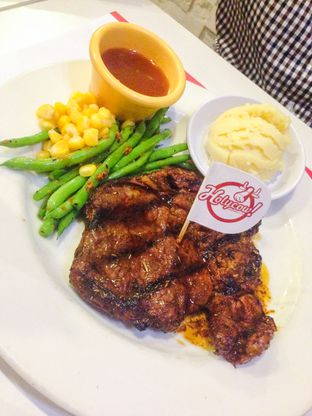 Foto 1 - Makanan di Holycow! STEAKHOUSE by Chef Afit oleh Annisa Putri Nur Bahri