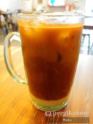 Foto 3 - Makanan di Kong Djie Coffee Belitung oleh Tirta Lie
