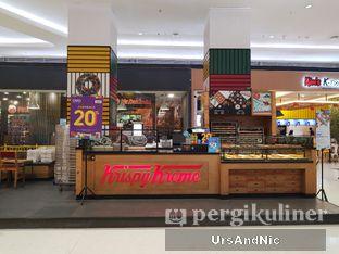Foto 5 - Interior di Krispy Kreme oleh UrsAndNic