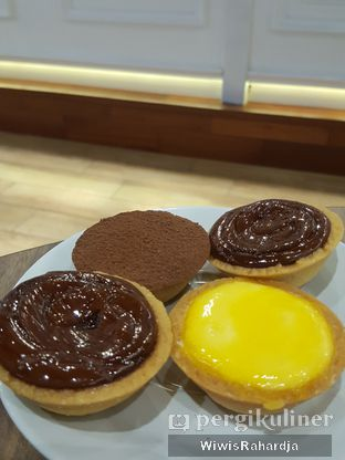 Foto review Ezo Hokkaido Cheesecake & Bakery oleh Wiwis Rahardja 8