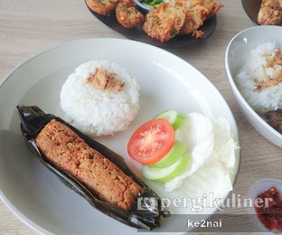 Foto 6 - Makanan(Brengkes Daging) di Chill Bill Coffees & Platters oleh Myra Anastasia