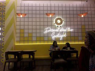 Foto 4 - Interior di Dots Donuts oleh Nadia Indo