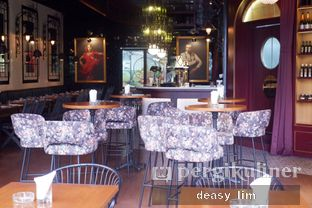 Foto 12 - Interior di Tapas Club oleh Deasy Lim