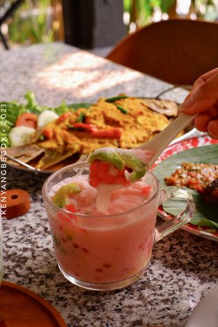 Foto review Delima Authentic Indonesian Food oleh Vionna & Tommy 5