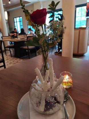 Foto 5 - Makanan(shaved ice halo-halo) di Gioi Asian Bistro & Lounge oleh Rika