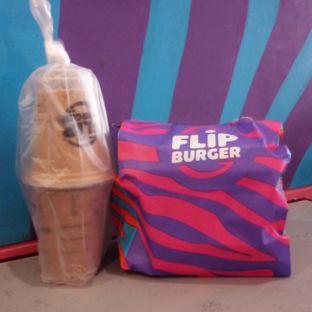 Foto 1 - Makanan di Flip Burger oleh Chris Chan