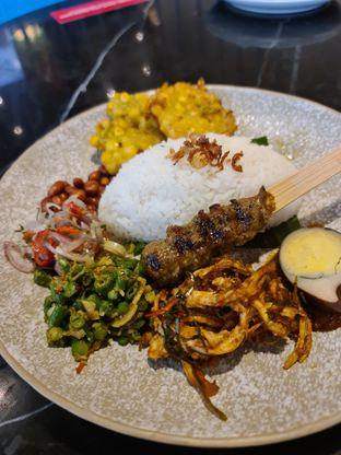 Foto 2 - Makanan di Putu Made oleh vio kal