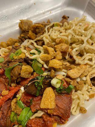 Foto 5 - Makanan di Mie Keriting P. Siantar oleh Duolaparr