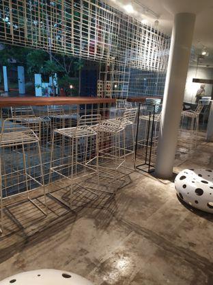 Foto 5 - Interior di Artwork Coffee Space oleh Adiba Putri