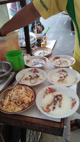 Foto 2 - Makanan di Bubur Ayam Parkiran oleh Review Dika & Opik (@go2dika)