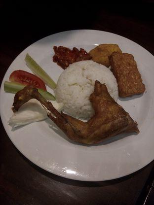Foto review Dapoer Penyet oleh Gladys Prawira 1