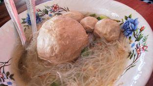 Foto 3 - Makanan(Bakso Telur) di Bakso Budi Solo oleh Komentator Isenk
