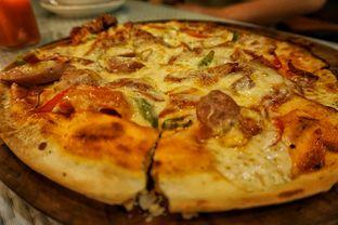 Foto 5 - Makanan(Madame Michelle Pizza) di Skyline oleh Fadhlur Rohman