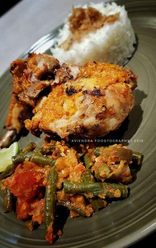 Foto 3 - Makanan(Ayam Taliwang) di Savannah Cafe & Resto oleh Avien Aryanti