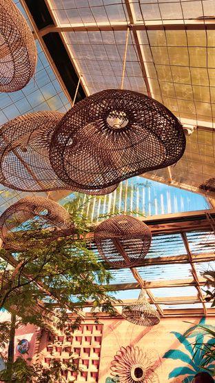 Foto 3 - Interior di Tropikal Coffee oleh Rhesaldy Kurniawan