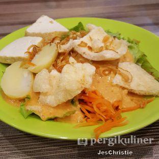 Foto 2 - Makanan(Rujak Selada) di Hosit Hosit Bangka Kuliner oleh JC Wen