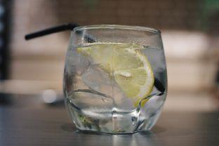 Foto 7 - Makanan(Infused Water) di Uncle Tjhin Bistro oleh Verdi Danutirto