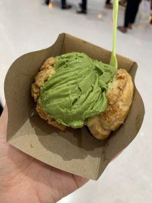 Foto 1 - Makanan di Hokkaido Icecream Puff oleh Wawa | IG : @foodwaw