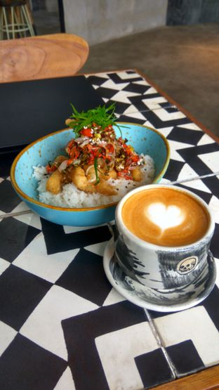 Foto 3 - Makanan(sanitize(image.caption)) di Coffee Smith oleh Renodaneswara @caesarinodswr
