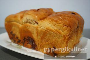 Foto 3 - Makanan di Dandy Bakery oleh bataLKurus