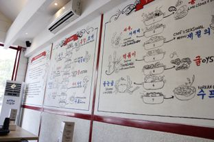 Foto 6 - Interior di The Seafood Tower oleh Erika Karmelia
