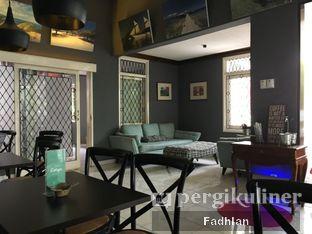 Foto 5 - Interior di Escape Coffee oleh Muhammad Fadhlan (@jktfoodseeker)