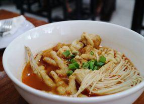 7 Tempat Makan Baru di Bandung Yang Hits Banget!