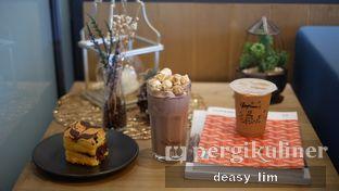 Foto review Phos Coffee oleh Deasy Lim 6