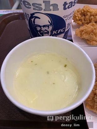 Foto 3 - Makanan di KFC oleh Deasy Lim