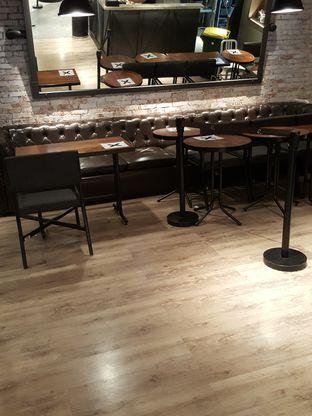 Foto 9 - Interior di KOI The oleh Stallone Tjia (Instagram: @Stallonation)