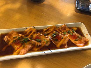 Foto 3 - Makanan(Salmon Carpaccio) di Sushi Hiro oleh YSfoodspottings