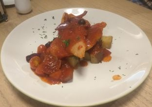 Foto 6 - Makanan(Mediteranean John Dory (IDR 110k) ) di Kitchenette oleh Renodaneswara @caesarinodswr